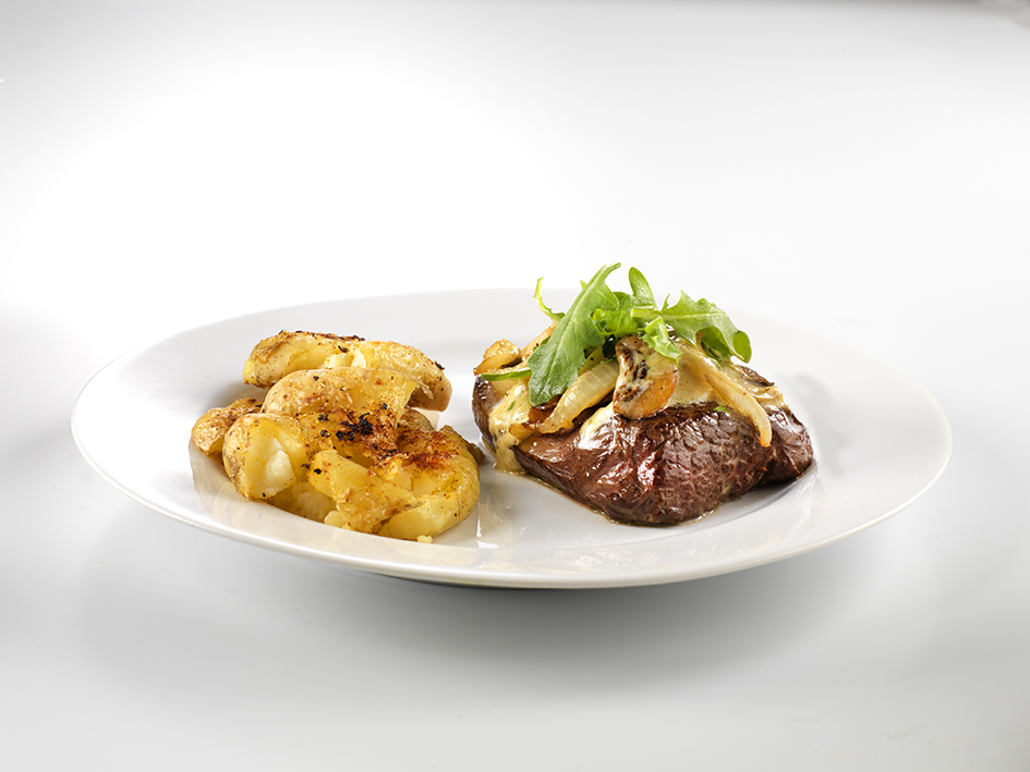Fillet Steak with Creamy Garlic Mushrooms & Sweet Paprika Roasties