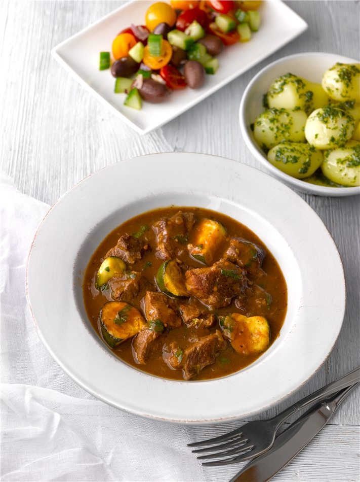 Lamb-Casserole-with-Cinnamon-and-Courgettes