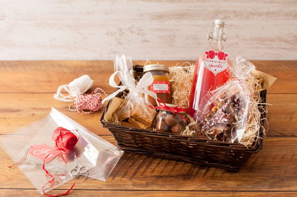 How To Make A Christmas Hamper Ilovecooking