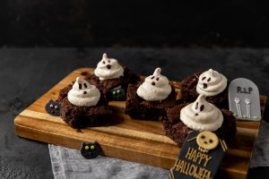 Meringue Ghost Brownies, brownies, halloween recipes, i love cooking halloween